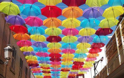 """Turismo publica las bases para el concurso de fotografía que comenzará el 1 de julio """"Tu foto en la calle de los paraguas"""""""