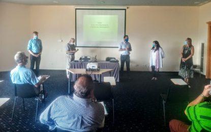 El alcalde y el concejal de Educación participaron en la apertura del curso en el Aula  Universitaria de Formación Permanente de la UNED