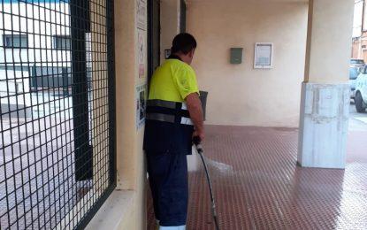 Limpieza continúa con las labores de desinfección en colegios