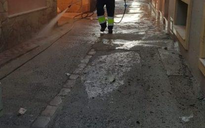 Los trabajos de desinfección de Limpieza se han centrado en la barriada de La Atunara