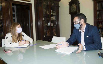 El alcalde, satisfecho con la recaudación de impuestos y el cumplimiento de los contribuyentes linenses  a pesar de las dificultades económicas generadas por la pandemia