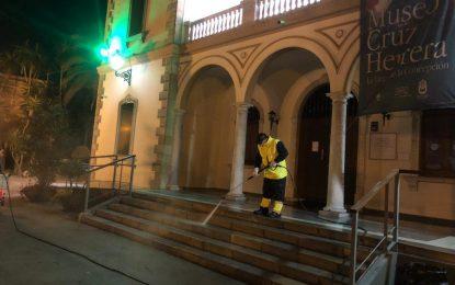 Los trabajos de desinfección de Limpieza se han centrado en la barriada de Los Junquillos