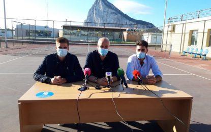 Deportes presenta las nuevas actividades del Club El Estrecho en el complejo de padel y tenis de la Ciudad Deportiva