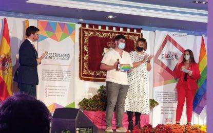 La concejal de Igualdad acudió a la entrega de los premios LGTBI+ de Roja Directa Diversidad 2020