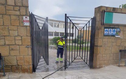 Limpieza realiza trabajos de desinfección en la zona de San Bernardo