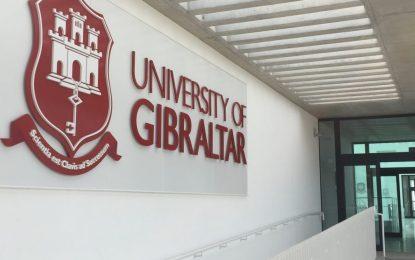 Mientras advierte sobre los posibles cambios para estudiantes universitarios con un Brexit sin acuerdo, el Gobierno demuestra flexibilidad para estudiantes comunitarios en Gibraltar
