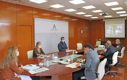 La Junta resalta el compromiso de los profesionales del Infoca y la colaboración entre administraciones en una campaña con menos incendios