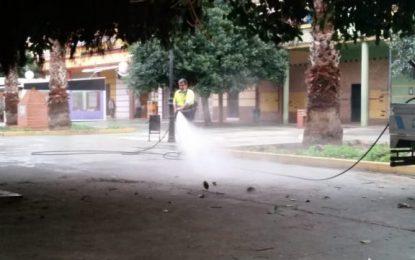 Limpieza ejecuta trabajos de desinfección en  las inmediaciones de los colegios Las Mercedes, Pablo Picasso y Hogar Betania