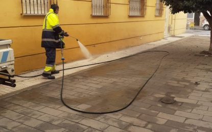Los trabajos de desinfección de Limpieza se han desarrollado en las inmediaciones de la frontera