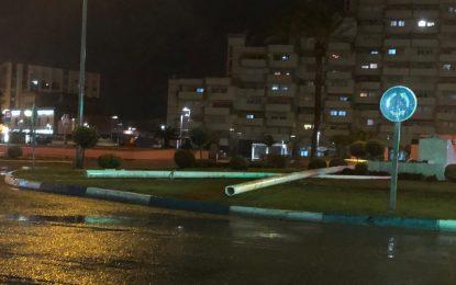 Se cae el mástil con la bandera de La Línea en Plaza de la Constitución