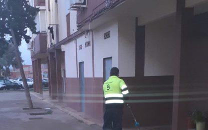 Los trabajos de desinfección de Limpieza se han desarrollado por la Plaza de la Constitución y barriada de Los Junquillos
