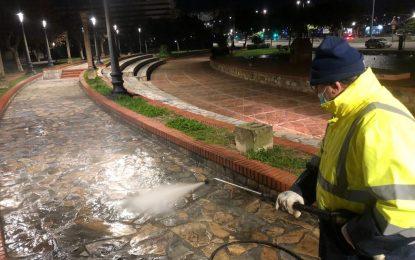 Limpieza desinfecta los edificios de la Policía Local, Policía Nacional y Guardia Civil