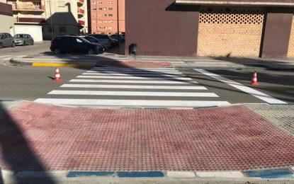 El Ayuntamiento actúa en un paso de peatones de la  avenida Príncipe de Asturias  para mejorar la accesibilidad