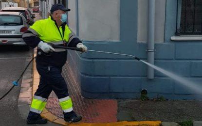 Los trabajos de desinfección de Limpieza se han desarrollado por las calles Las Flores y Vázquez de Mella