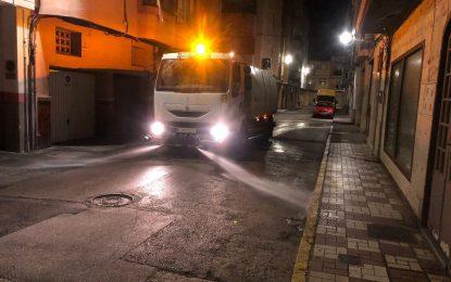 Los trabajos de desinfección de Limpieza se han desarrollado en las inmediaciones de la Comisaría, Policía Local y Comandancia de la Guardia Civil