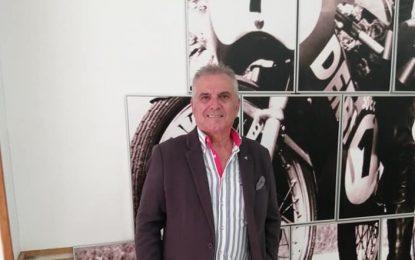 ·El presidente del Círculo Mercantil cierra la sede de la Asociación del Fuerte y le pide a Prieto la llave en quince días por presentarse en política