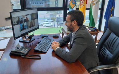 El alcalde suma el apoyo del europarlamentario José Ramón Bauzá contra el proyecto de Red Eléctrica