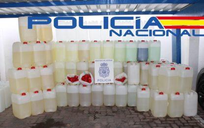 La Policía Nacional  interviene 2400 litros de combustible y recupera tres vehículos sustraídos utilizados para alijar droga