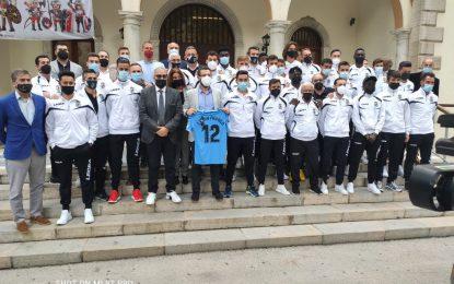 El alcalde ha recibido oficialmente a la Balona tras su ascenso a la primera división RFEF