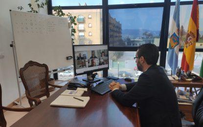 El alcalde aborda con Más País Andalucía la delicada situación de la ciudad en distintos ámbitos