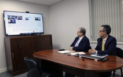 El Viceministro Principal representa a Gibraltar durante una reunión de líderes de los Territorios Británicos de Ultramar