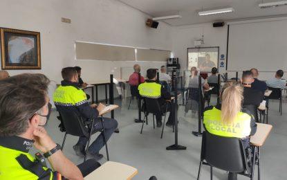 Cuatro agentes de la Policía Local realizan un curso para el pilotaje de drones en espacios públicos
