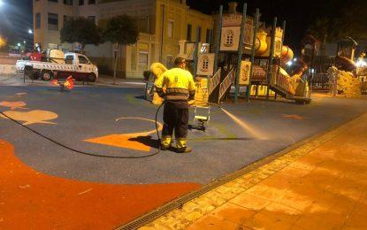 Los trabajos de desinfección de Limpieza se han desarollado por el paseo marítimo de Levante