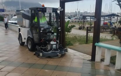 Los trabajos de desinfección de Limpieza se han centrado en el Paseo Marítimo de Poniente y zonas del centro y semicentro