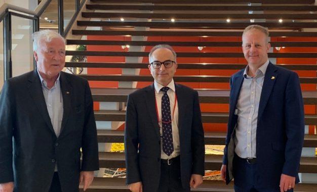El Ministro de Turismo de Gibraltar se reúne con la cúpula de Viking Cruises para analizar la reanudación del turismo de cruceros
