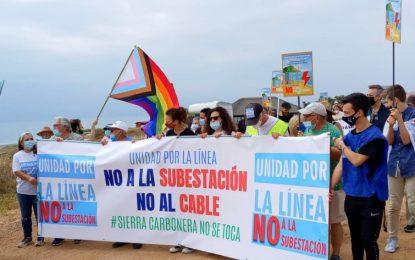 El alcalde agradece la implicación de representantes políticos de la comarca en la marcha convocada en oposición al proyecto de Red Eléctrica