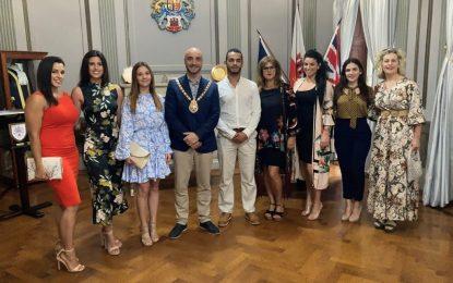 El Alcalde de Gibraltar expresa sus mejores deseos para el joven bailarín en nombre de toda la comunidad
