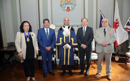 Picardo da la bienvenida al nuevo Alcalde, Christian Santos, que representará el Gibraltar de las artes (Discurso de Fabian Picardo)