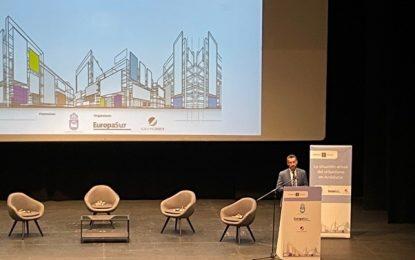 El alcalde inaugura una jornada sobre la situación del urbanismo en Andalucía
