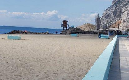 Otra Línea es Posible (OLEp—LaLínea) reclama la extensión de la temporada de playa en La Línea