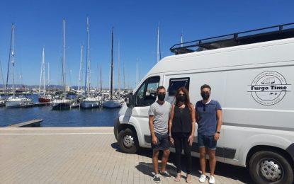Mercedes Atanet conoce a los impulsores de Furgo Time, un portal dedicado a los aficionados a viajar en furgonetas camper