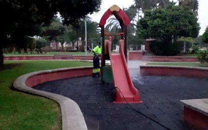 Los trabajos de  desinfección de Limpieza se han desarrollado en  zonas de parques infantiles