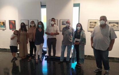Inaugurada en la Galería Manolo Alés la  colección fotográfica de  José Manuel Máiquez, 'Mis amigos artesanos de la fotografía'