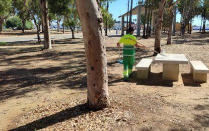 Parques y Jardines acomete trabajos de mantenimiento en el parque Princesa Sofía