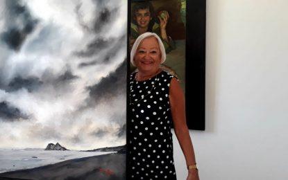 Cristina de Mena e Isidoro Villalobos donan al Ayuntamiento de La Línea dos obras expuestas en el Museo Cruz Herrera