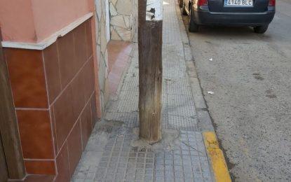 """Podemos e Izquierda Unida de La Línea acusan a Juan Franco y Raquel Ñeco, de cinismo y desfachatez al promover """"Movilidad sostenible, saludable y segura"""" al tiempo que mantienen la falta de movilidad y accesibilidad en gran parte de la ciudad"""