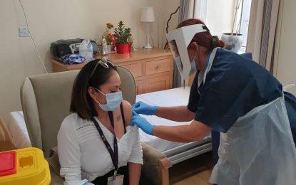 Comienza el programa para administrar vacunas de refuerzo contra el Covid-19 en los Servicios Residenciales para la Tercera Edad, del que se beneficiarán 890 persona