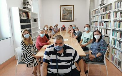 Iniciadas las sesiones del Club de Lectura Fácil en la biblioteca municipal