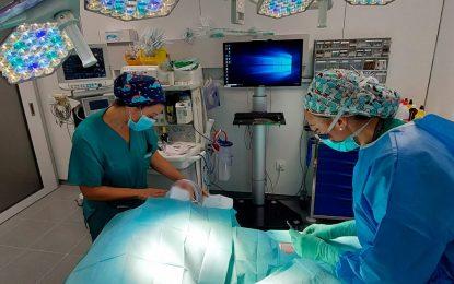 El Hospital de La Línea acogerá la fase presencial de un curso de Cirugía Menor en Enfermería